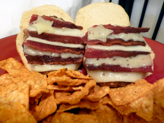 4th-of-july-recipe-patriotic-star-stripe-bacon-burger-recipe
