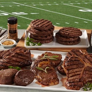tailgate-party-must-haves-hamburgers-hot-dogs-football-foods